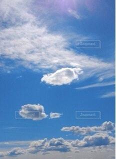 空の雲の群の写真・画像素材[4114274]