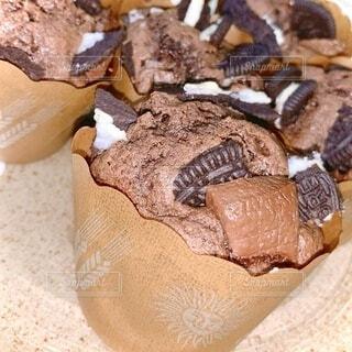チョコとオレオの手作りマフィンの写真・画像素材[4112403]
