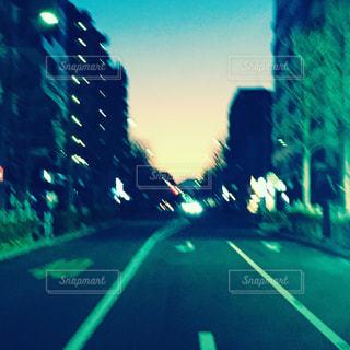 交通信号のぼやけた画像 - No.848690