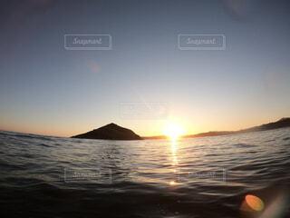 夕日と海の写真・画像素材[4199228]
