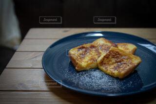 おうちごはんのフレンチトーストの写真・画像素材[4162958]