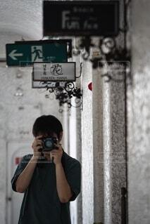カメラ男子の写真・画像素材[4179235]
