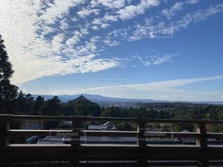 空と雲と寺の写真・画像素材[4137408]