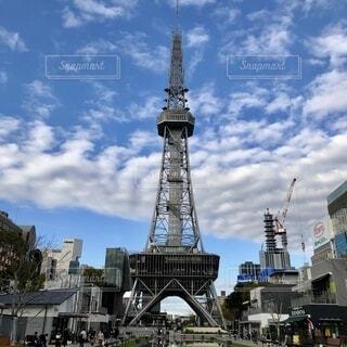 青空に映える名古屋テレビ塔の写真・画像素材[4152082]