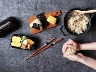 健康的なお弁当作りの様子の写真・画像素材[4155742]