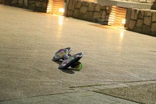 取り残されたスケートボードの写真・画像素材[4161343]