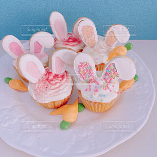 うさぎのカップケーキの写真・画像素材[4274866]