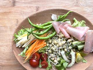 発芽豆のサラダを作りましたの写真・画像素材[4617340]