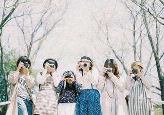カメラ女子集合写真の写真・画像素材[4184260]