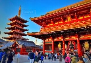 夕方の浅草浅草寺の写真・画像素材[4185735]