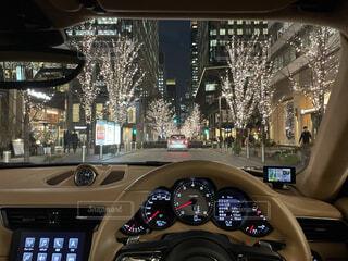 都内の夜景をドライブデートでの写真・画像素材[4198620]