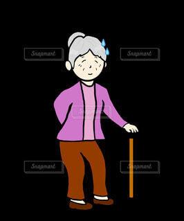 汗をかくおばあちゃんの写真・画像素材[4265585]