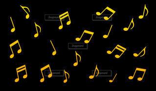 黄色のグラデーションの音符パターンの写真・画像素材[4413169]