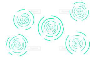 緑の波紋(白背景)の写真・画像素材[4436752]