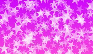 星パターン(紫背景)の写真・画像素材[4706227]
