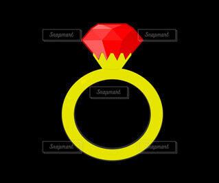 ルビーのゴールド指輪の写真・画像素材[4783245]