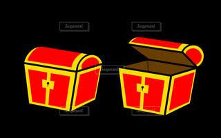 宝箱(赤)の写真・画像素材[4804193]