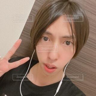 若い男性の自撮りの写真・画像素材[4656287]
