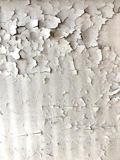 ぼろぼろに剥げた塗装の写真・画像素材[4350077]