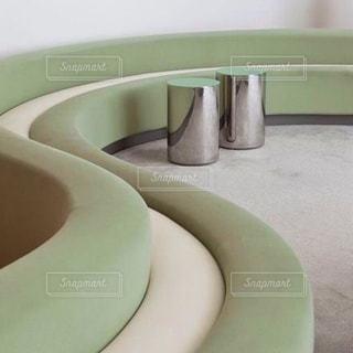 緑と白の皿の写真・画像素材[2267307]