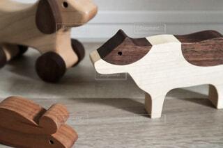 木製のテーブルの写真・画像素材[4272168]