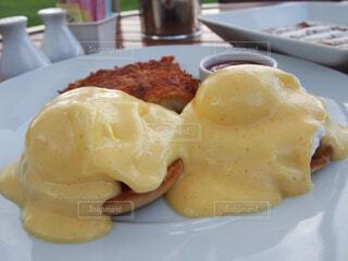 皿の上の食べ物のクローズアップの写真・画像素材[4272275]