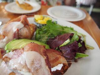 食べ物の皿のクローズアップの写真・画像素材[4272292]