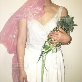 ウェディング ドレスを着た女性 - No.707789