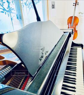 グランドピアノの写真・画像素材[4394783]