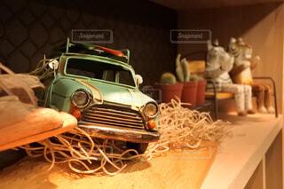 ブリキの車の写真・画像素材[4268608]