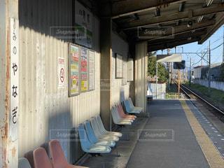 無人駅のホームの写真・画像素材[3639953]