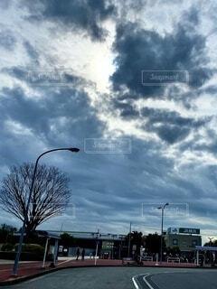 濃厚な雲の写真・画像素材[3646181]