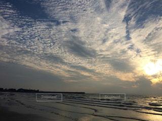 秋の雲の写真・画像素材[873577]