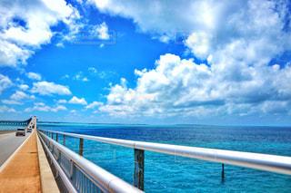 伊良部大橋と海の写真・画像素材[1388162]