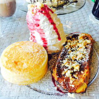 パンケーキとフレンチトーストの写真・画像素材[1747118]