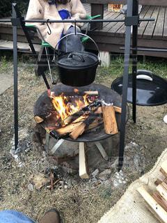 お料理 焚き火の写真・画像素材[4289090]