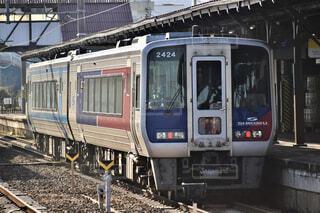 琴平駅に到着した特急しまんと号の写真・画像素材[4545836]