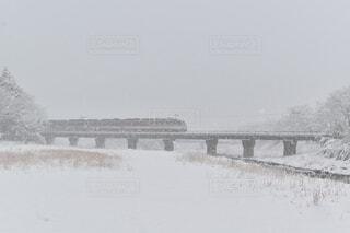 高山へ向かうワイドビューひだの写真・画像素材[4584656]