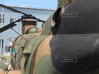 陸上自衛隊輸送ヘリコプターの迷彩柄の写真・画像素材[4299112]