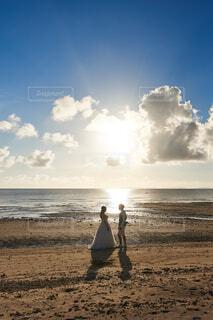 沖縄でウェディングの写真・画像素材[4330729]