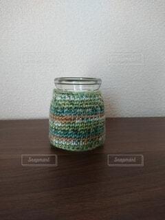 毛糸に包まれた瓶の写真・画像素材[4299030]
