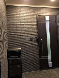 玄関リフォームの写真・画像素材[4306730]