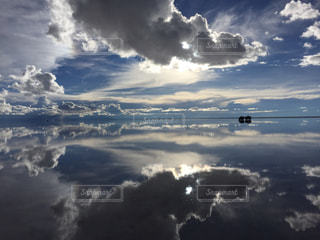 ウユニ塩湖の写真・画像素材[2068641]