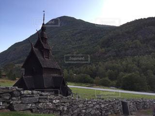 スターヴ教会の写真・画像素材[2070538]