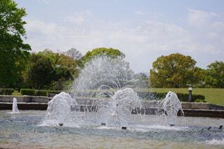 公園の噴水の写真・画像素材[4337304]