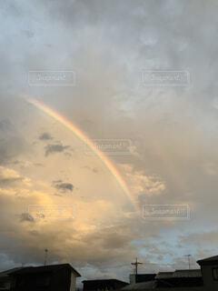 はじめての虹の写真・画像素材[4947086]