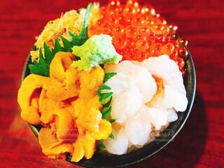 海鮮ウニいくら丼の写真・画像素材[4552827]
