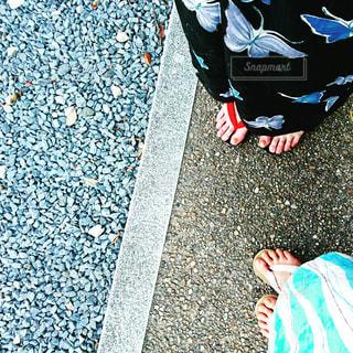地面に靴のグループの写真・画像素材[716350]