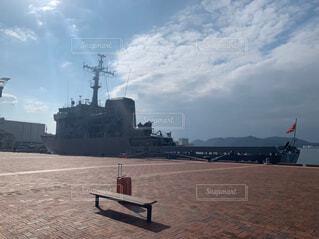佐世保にとまっている軍艦の写真・画像素材[4334027]