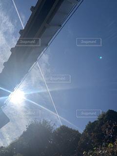 見つけた飛行機雲☁️✨の写真・画像素材[4333966]
